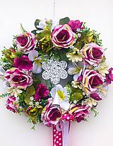 Dekorácie - Celoročný veniec s kvetom - 12012449_