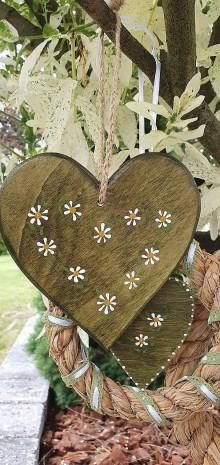 Dekorácie - Drevené srdce - zelená záhrada - 12012558_
