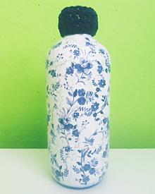 Dekorácie - Modrá vázička - 12019109_