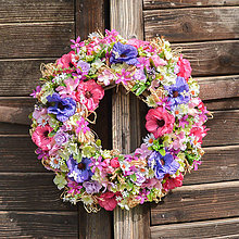 Dekorácie - Pestrý letný veniec na dvere - 12017494_