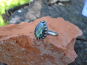 Prstene - Strieborny prsteň Ag 925 Labradorit - 12015968_
