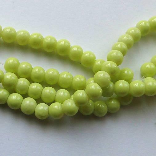 Sklenené korálky Panacolor ™ 4mm-30ks (zelenožltá)
