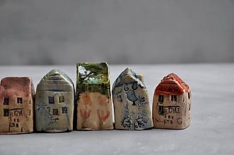 Dekorácie - dom domček stojaca dekorácia  tulipán - 12024599_