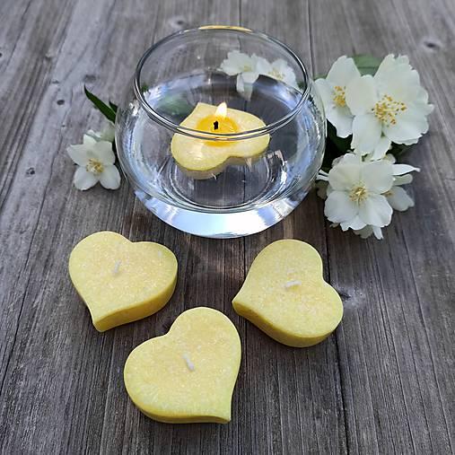 Svietidlá a sviečky - Plávajúca sviečka .:jazmín:. - 12029880_