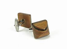 Šperky - Manžetové gombíky drevené frčky - orechové drevo, nerez - 12031952_