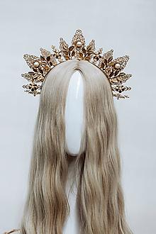 Ozdoby do vlasov - Zlatá boho čelenka s perlami a filigránmi - 12032791_