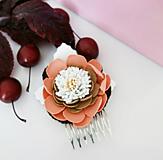 Ozdoby do vlasov - Hrebienok do vlasov Hnedý kvet - 12033398_