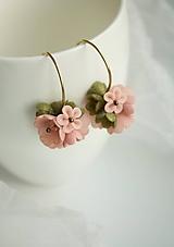 Náušnice - Mini Boho Tanečnice- pastelová ružová. Mosadz - 12036209_