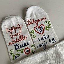 Obuv - Maľované ponožky pre naj PANI UČITEĽKU (Folk + meno/ Ďakujeme...meno) - 12036774_