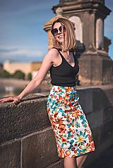 Sukne - Kvetovaná úzka sukňa - 12035321_
