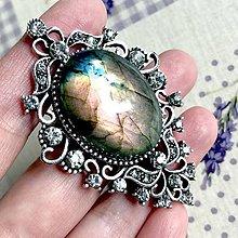 Odznaky/Brošne - Vintage Labradorite Antique Silver Brooch / Brošňa s labradoritom - 12037743_