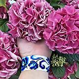 Náramky - Náramok na ruku Modré ruže - 12042178_
