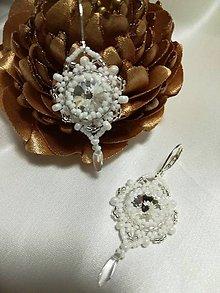 Náušnice - Biele náušnice so SW kameňom a slzičkou - 12043229_