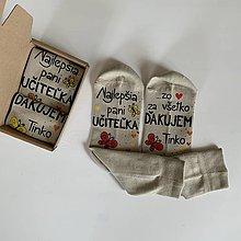 Obuv - Maľované ponožky pre naj PANI UČITEĽKU (S motýlikmi) - 12044142_