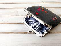 Peňaženky - Peňaženka mini Bodky na šedej - 12042434_
