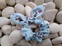 Ozdoby do vlasov - Scrunchies ušatá gumička pandy - 12047660_