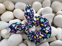 Ozdoby do vlasov - Scrunchies ušatá gumička mix kvetov - 12047673_