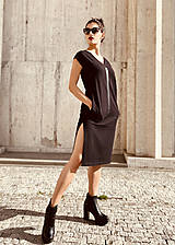 Šaty - FNDLK úpletové šaty 468 RV midi s rozparkami - 12046675_