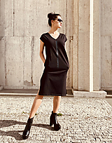 Šaty - FNDLK úpletové šaty 468 RV midi s rozparkami - 12046676_