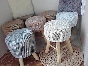 Úžitkový textil - Háčkovaný poťah na taburetku - 12045120_