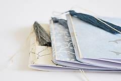 Papiernictvo - Mini zápisníky z nepálskeho papiera - 15x15 (Delfíny) - 12050808_