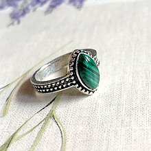 Prstene - Antique Silver Navette Malachite Ring / Vintage prsteň s malachitom - 12053380_