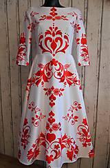 """Šaty - FLORAL FOLK """" Slovenská ornamentika """", spoločenské šaty v dĺžke midi - 12055688_"""