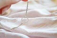 Náhrdelníky - Strieborný náhrdelník s krúžkom  - 12057272_