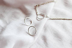 Náhrdelníky - Strieborný náhrdelník s krúžkom - 12057274_