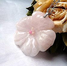 Náhrdelníky - Kvet z ruženínu - 12057763_