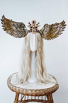 Ozdoby do vlasov - Zlatá anjelská koruna s krídlami - 12060212_