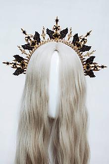 Ozdoby do vlasov - Zlatá Halo crown s černými krídlami - 12060233_