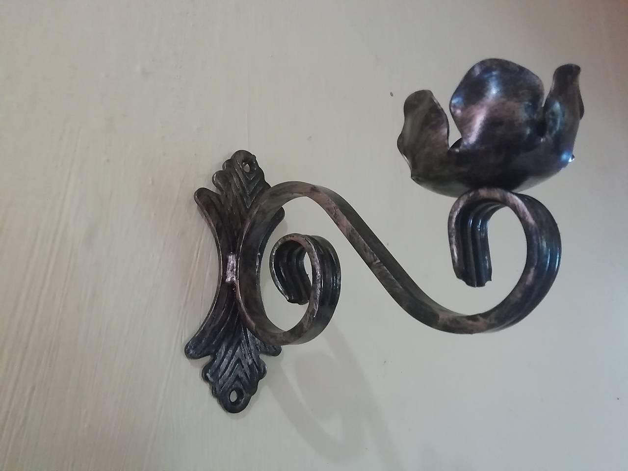 Svietnik na stenu (patina)