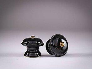 Nábytok - Úchytka - knopka černá malá- vzor HLADKÝ - 12064371_