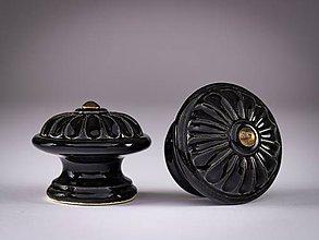 Nábytok - Úchytka - knopka černá velká - vzor KOPRETINA - 12064568_