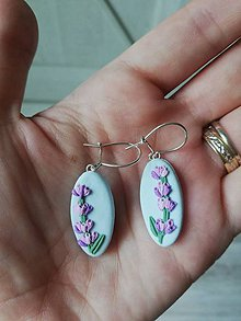 Náušnice - Levanduľové kvetinové náušnice - 12063987_