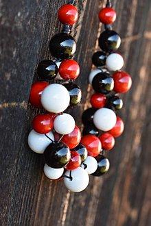 Náhrdelníky - Black-red-white - 12063946_