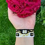 Náramky - Náramok na ruku Cik Cak kvety - 12070324_