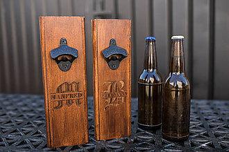 Iné - Otvárač na fľaše s menom, Darček pre muža - 12067563_