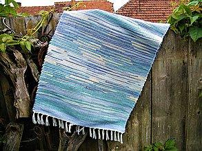 Úžitkový textil - Tkaný koberec svetlomodro-tyrkysovo-žltý - 12067625_