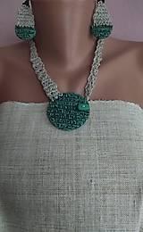Sady šperkov - Zelený náhrdeľník a náušnice - 12074140_