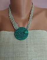 Sady šperkov - Zelený náhrdeľník a náušnice - 12074141_