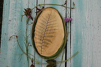 Nádoby - Keramická tácka s papraďou - 12071091_