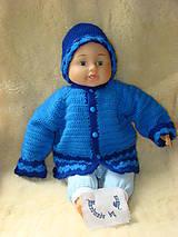 Detské súpravy - Ručne háčkovaný detský svetrík s čiapkou - 12077031_
