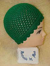 Detské čiapky - Ručne háčkovaná čiapka v zelenom - 12077223_
