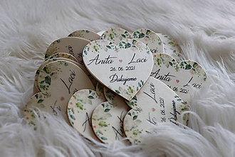 Darčeky pre svadobčanov - Darčeky pre svadobčanov - magnetky v tvare srdiečka - 12077736_