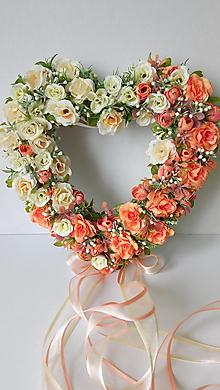 Dekorácie - Veniec Romantické svadobné srdce - 12076194_