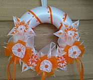 Dekorácie - Veniec oranžovo biely svadobný - 12077404_