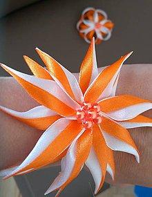 Náramky - Náramok pre družičky oranžovo biely - 12077537_