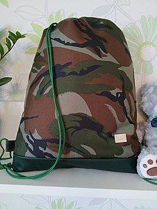 Batohy - Nepremokavý batoh maskáčový - 12076871_
